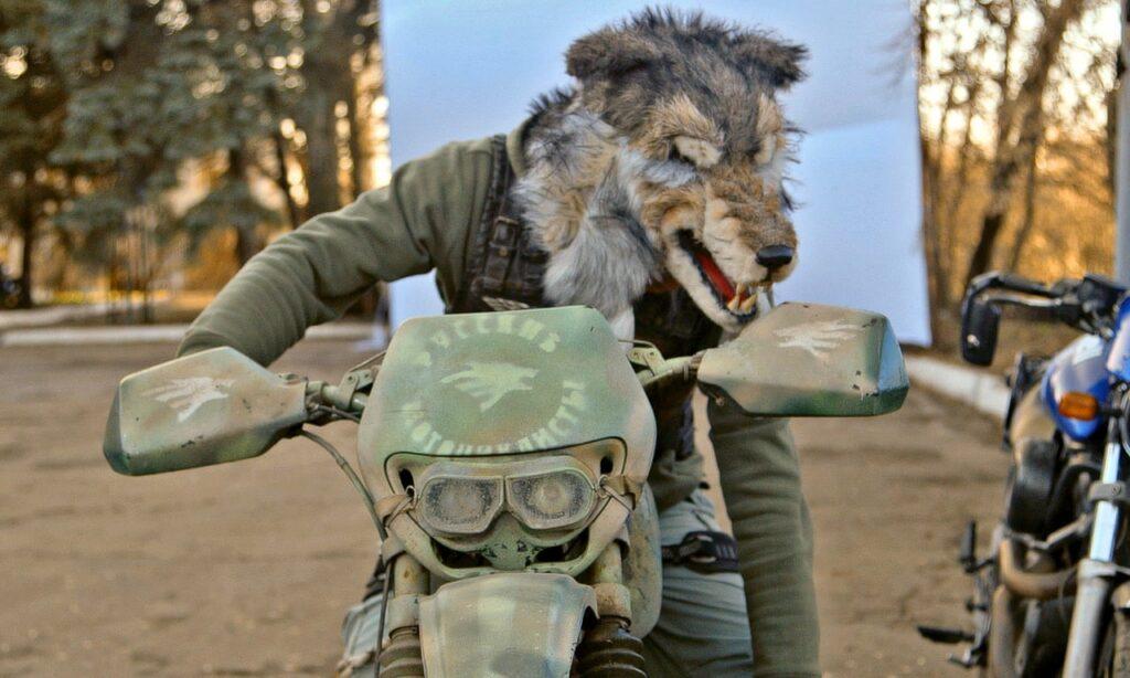 «Λύκοι της Νύχτας»: Οι μηχανόβιοι στρατιώτες του Πούτιν που προσκύνησαν στην Κόρινθο (Photos  Videos) - Media